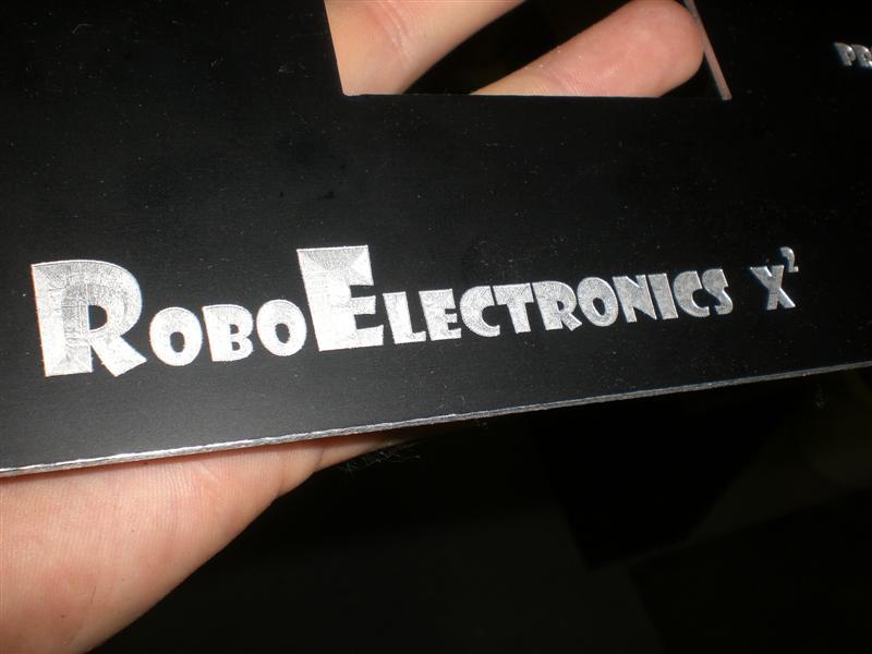RoboElectronics Frontpanel
