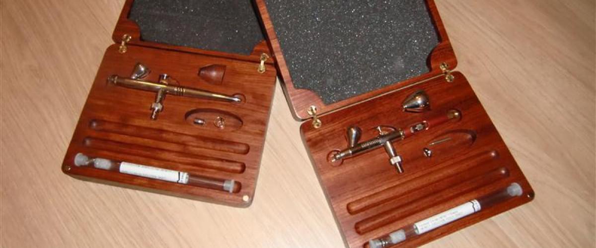 Kistje voor Airbrush pistolen uit Bubinga