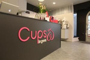 03-CupsLingerie