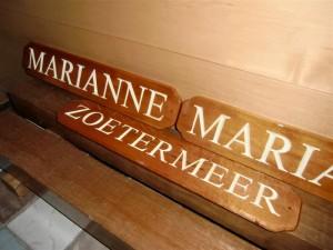 Doerak_Marianne_naambord (1)